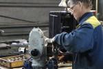 Usine Ural Irbit assemblage d'un moteur URAL FRANCE