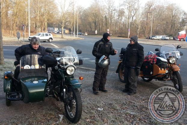 En route vers Polminhac rendez vous à Fontainebleau à l'Obélisque URAL FRANCE