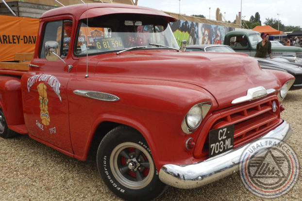 Chevrolet rouge - American Tours Festival - URAL FRANCE